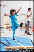 Niemand zu klein ein Slacker zu sein! Das Bild ist während eines Workshops mit Kindergärtlern entstanden.